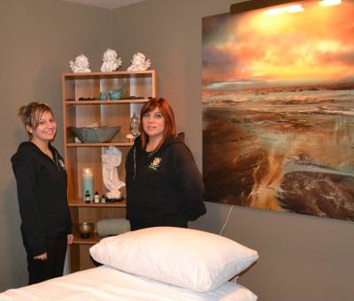 The mother-daughter team at Rustic Zen are Amanda Sasseville and Corrina Giroux.